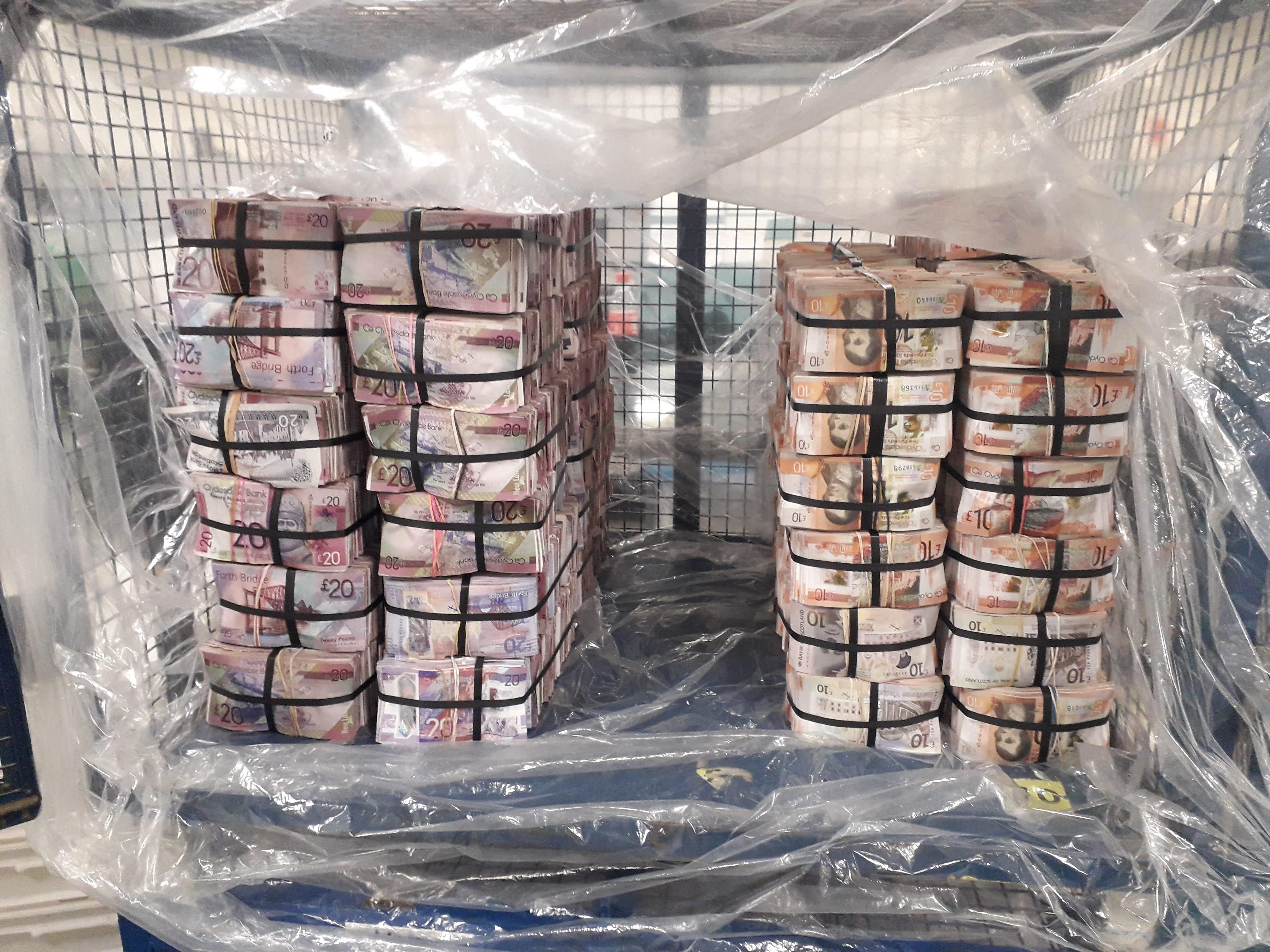 spalare bani BOR2813-2021 - Counted cash