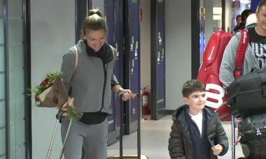 halep flori copil aeroport