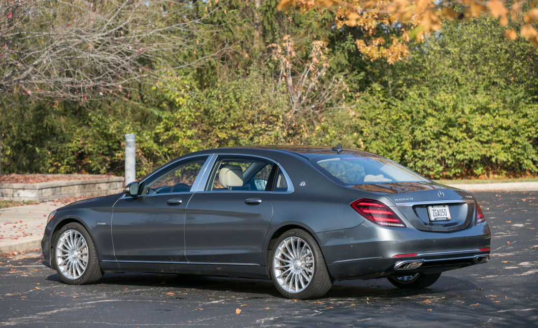 2018-Mercedes-Maybach-S560-4Matic-117