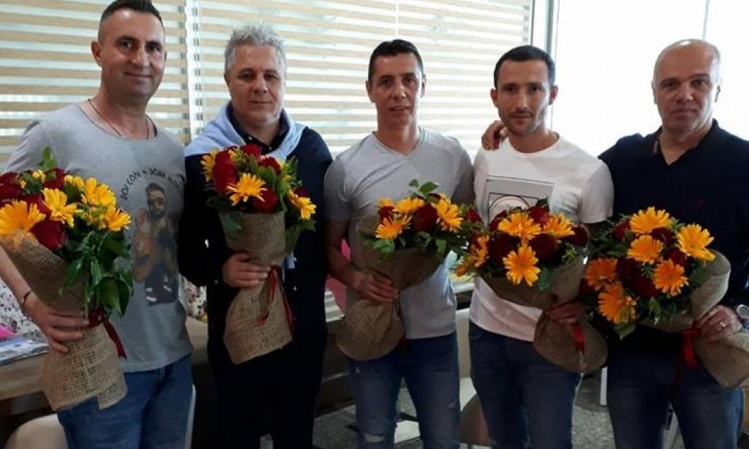 Bebe Bărbulescu, Marius Şumudică, Gabi Mărgărit, Radu Sardescu, Cristian Petre (de la stânga la dreapta)