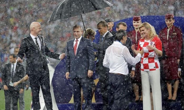 putin umbrela