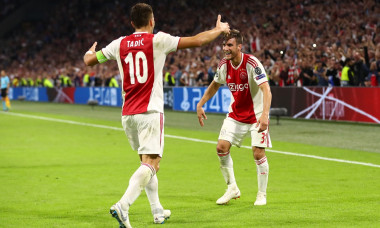 VIDEO Ajax - AEK Athens 3-0 - UEFA Champions League Group E
