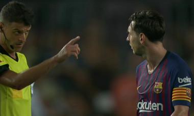Messi salut arbitru