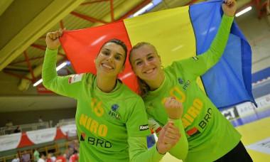 Denisa Dedu și Iulia Dumanska, sau îngerii păzitori ai naționalei României de handbal feminin