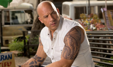 """Naniți injectați în piele și forță de robot. Vin Diesel, aspect letal în filmul de acțiune """"Bloodshot"""""""