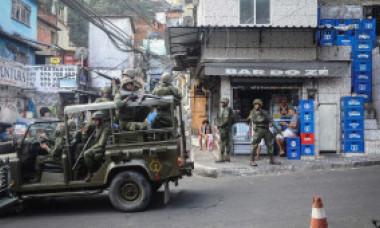 Război în favelele din Rio de Janeiro: 12 morți