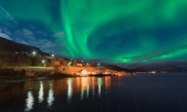 Finlanda pune la bătaie joburi de vis. Cum poți fi plătit pentru a privi Aurora Boreală