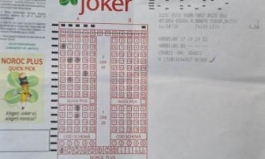 Marele câștigător al tragerii Joker și-a ridicat premiul. Unde lucrează și ce vrea să facă acum cu banii