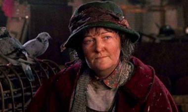 """""""Doamna cu porumbei"""" din Singur Acasă e actriță de Oscar. Cum arată și ce face la 73 de ani"""